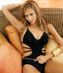Jessica Alba, Invicta watches